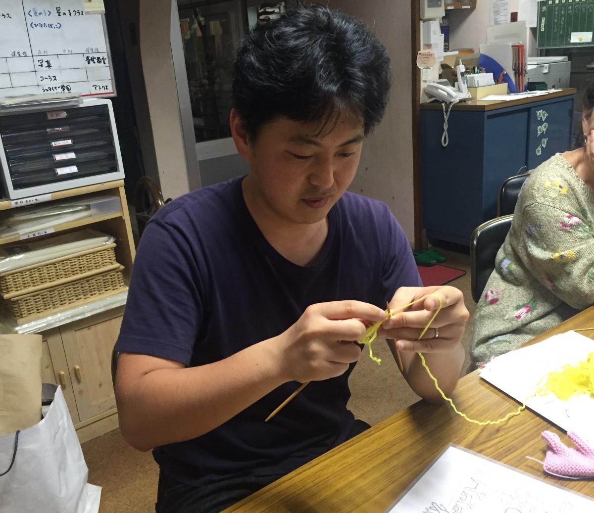 Learning Knitting